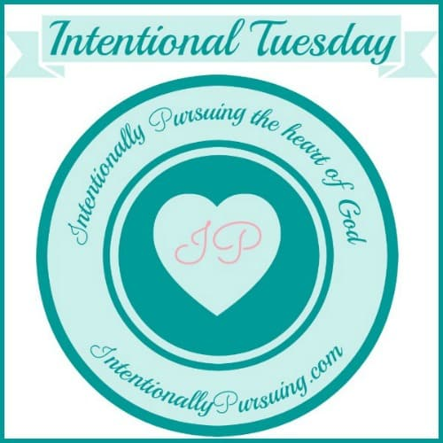 Intentional Tuesday Linkup {Week 22}  - IntentionallyPursuing.com